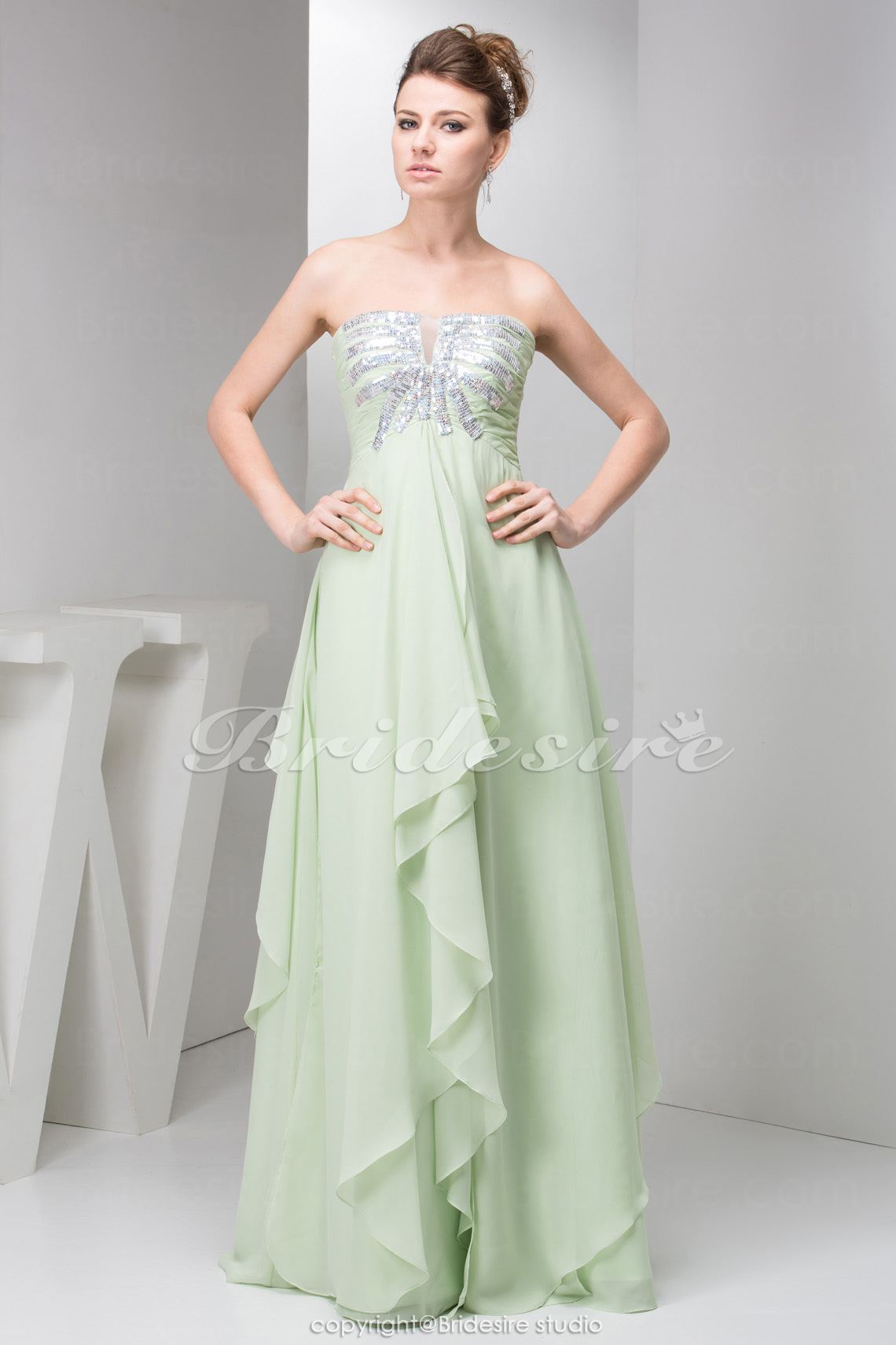 A-line Strapless Floor-length Sleeveless Chiffon Dress